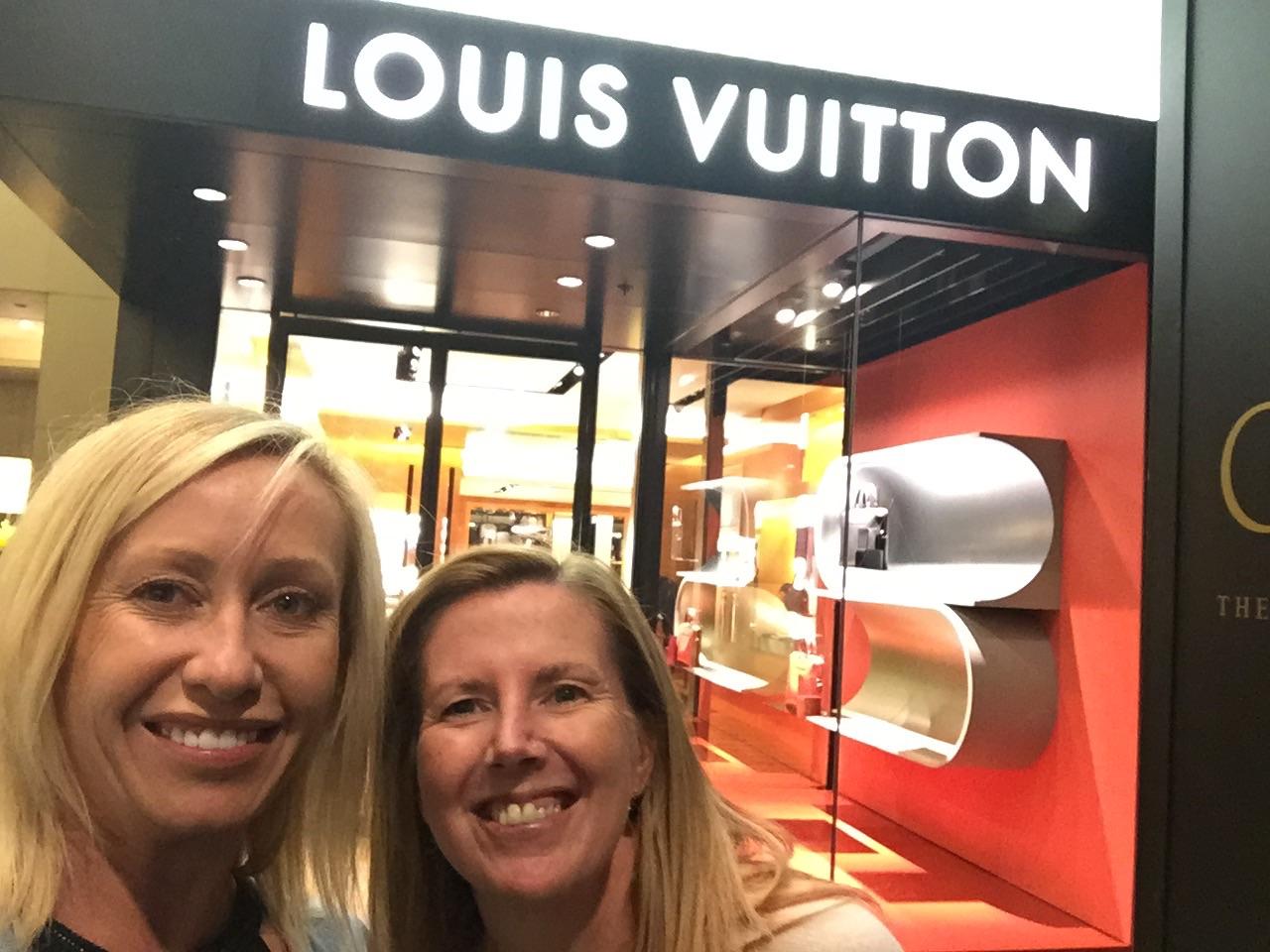 Sydney Fashion Hunter: Girls Weekend In Melbourne - Shopping At Crown Melbourne