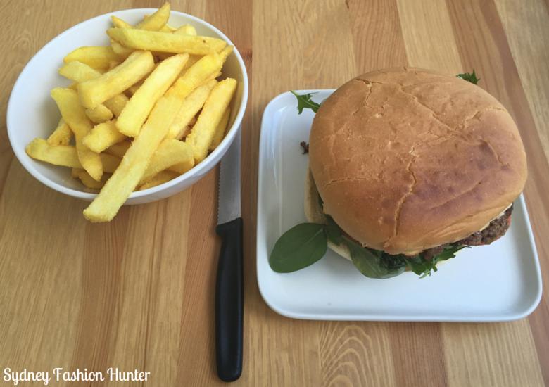 Anglers Cafe Lake Conjola Burger