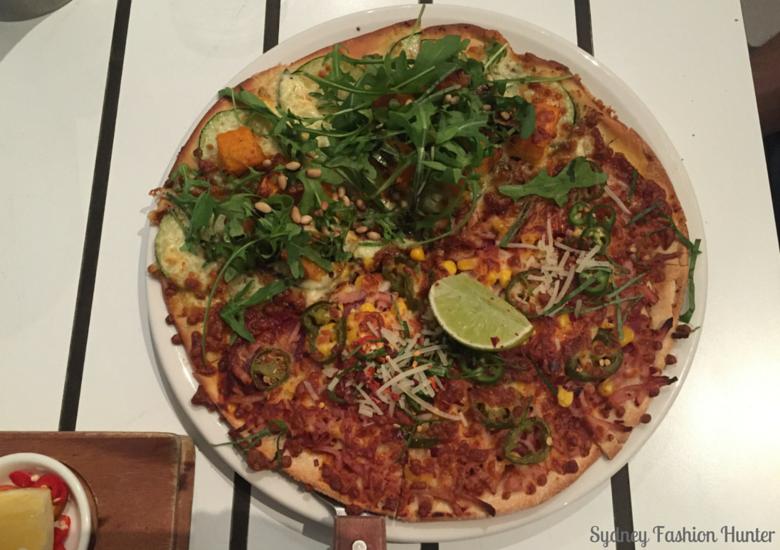 Sydney Fashion Hunter: Hamilton Island Wining & Dining - Manta Ray Pizza