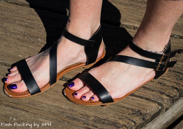 Fash Packing by Sydney Fashion Hunter: Bondi Lifestyle in St Kilda FFF54 - Shoes