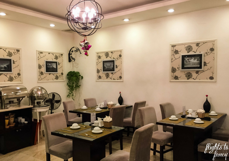 Flights To Fancy: Hanoi Glance Hotel Review - Breakfast Room