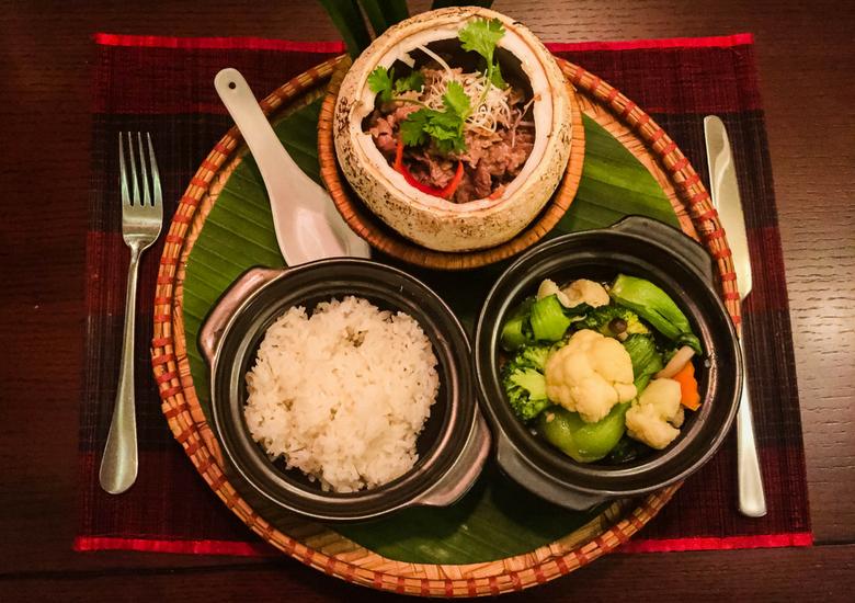 Flights To Fancy: Red Bean Restaurant Hanoi - Coconut Beef