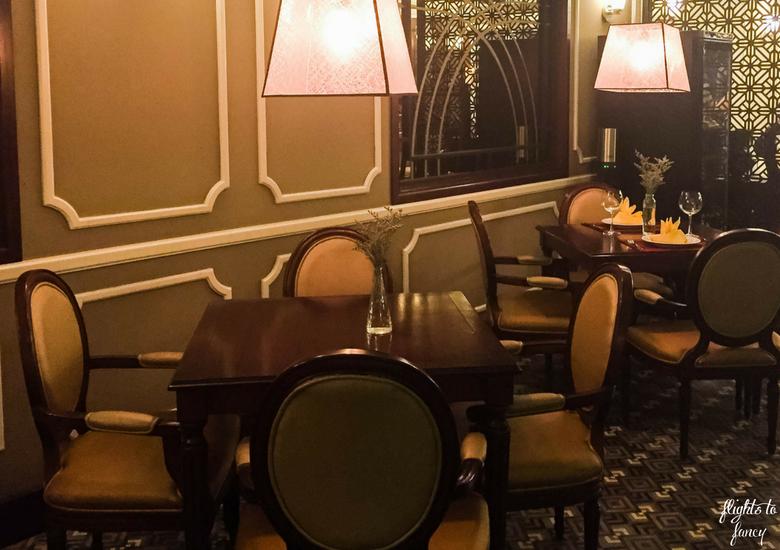 Flights To Fancy: Red Bean Restaurant Hanoi - Dining Room