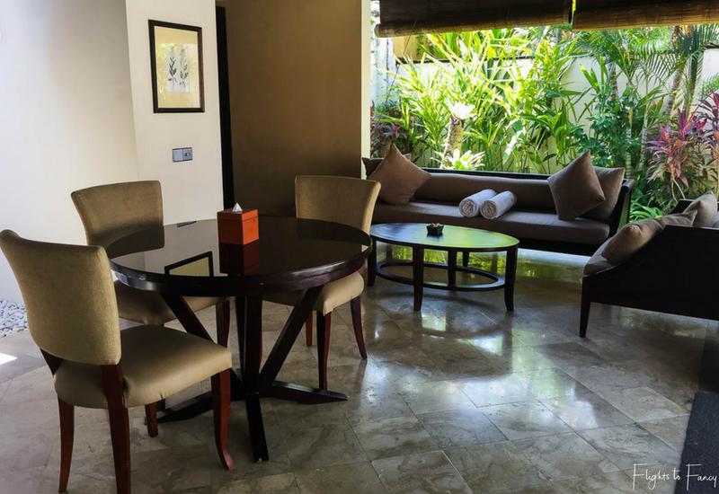 The Club Villas Seminyak: Living & Dining area in Seminyak Villas 1 Bedroom