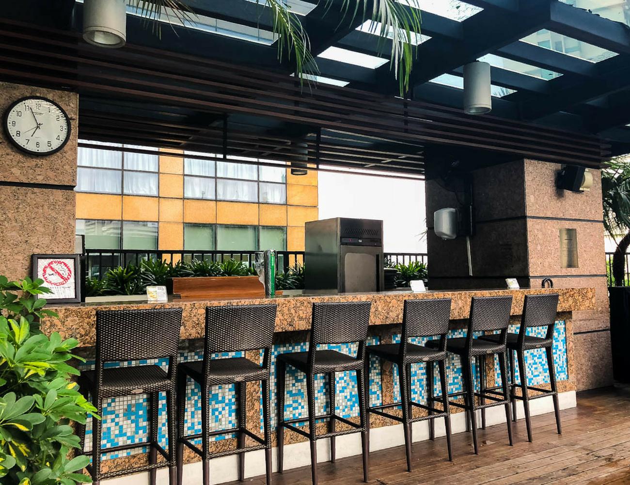 Flights to Fancy - Fairmont Makati Pool Bar