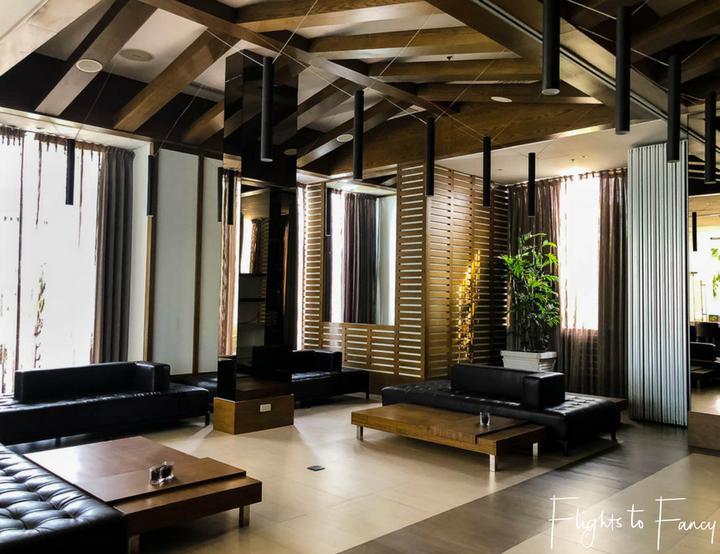 Forum Bar at Movenpick Hotel near Mactan Cebu airport - Flights to Fancy