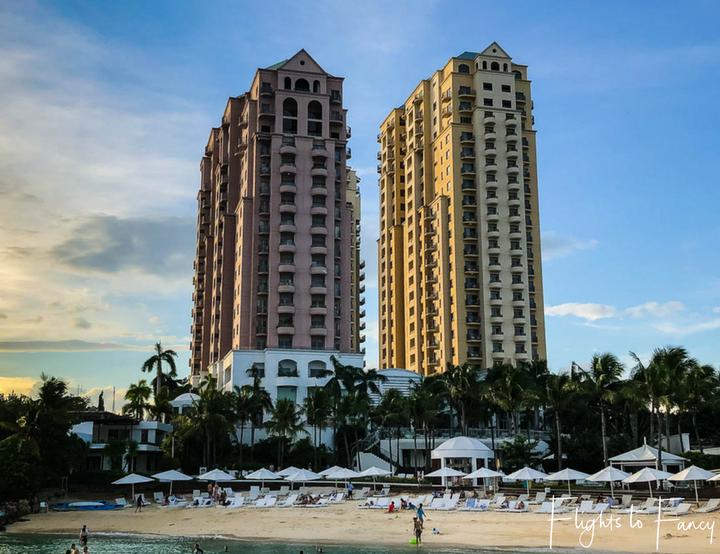 Movenpick Beach Resort Mactan Island enjoys an absolute beachfront location - Flights to Fancy