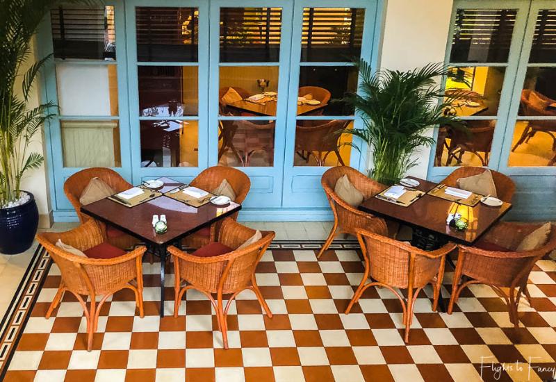 Cafe Monivong Raffles Hotel Ohnom Penh