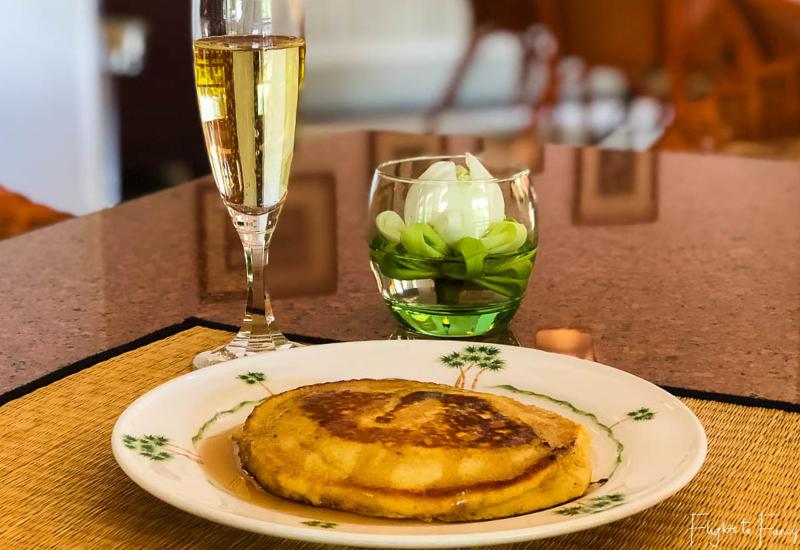 Champagne breakfast in Phnom Penh @ Raffles Hotel Le Royal
