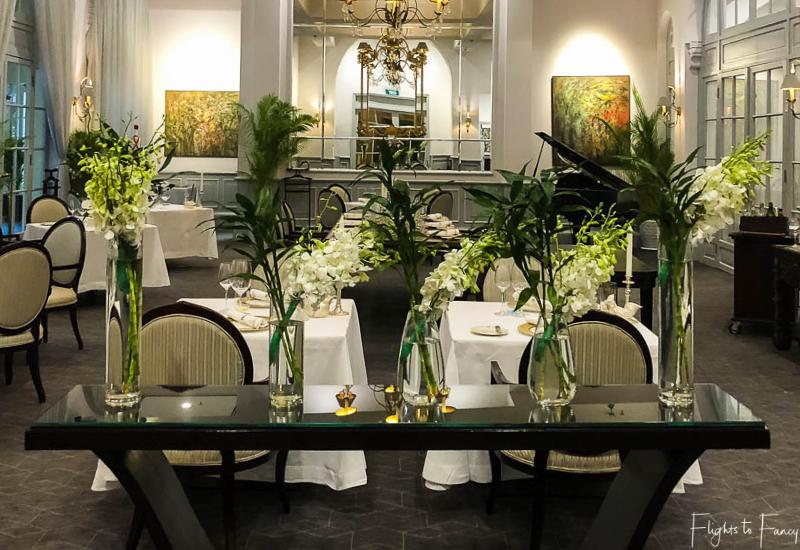 Raffles hotel restaurant Phnom Penh