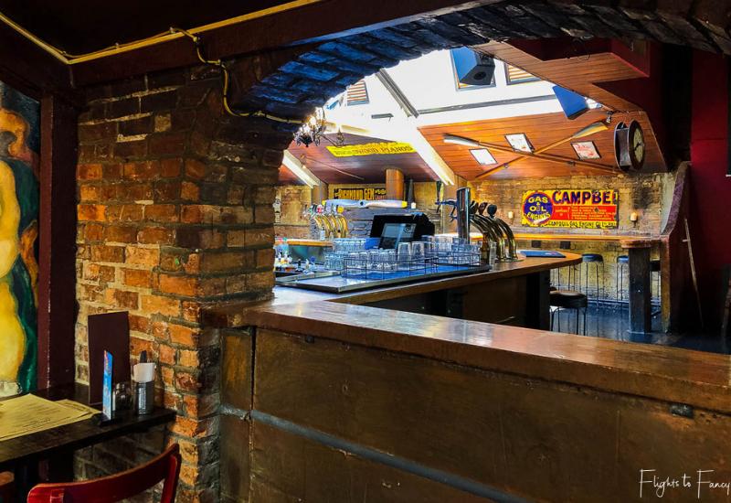 Winnies Queenstown Bar