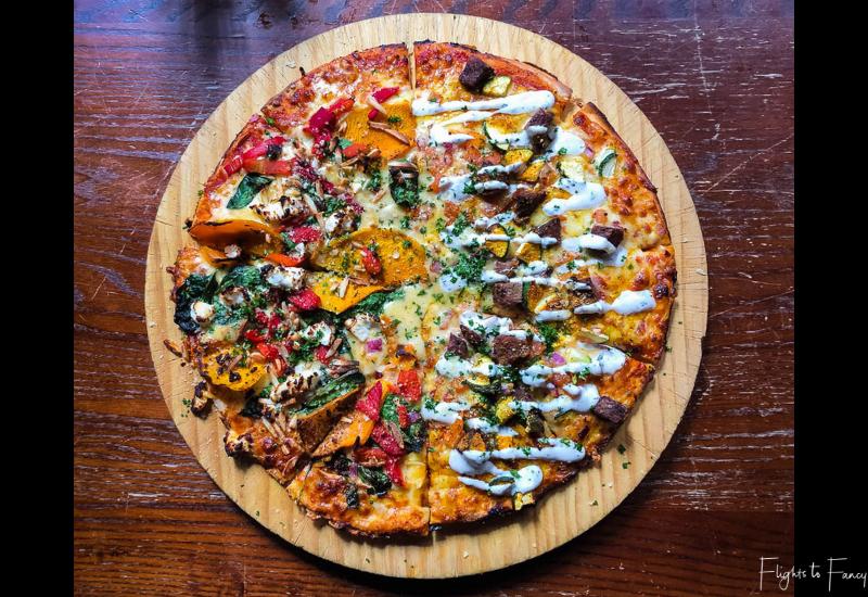 Winnies Queenstown Large Pizza