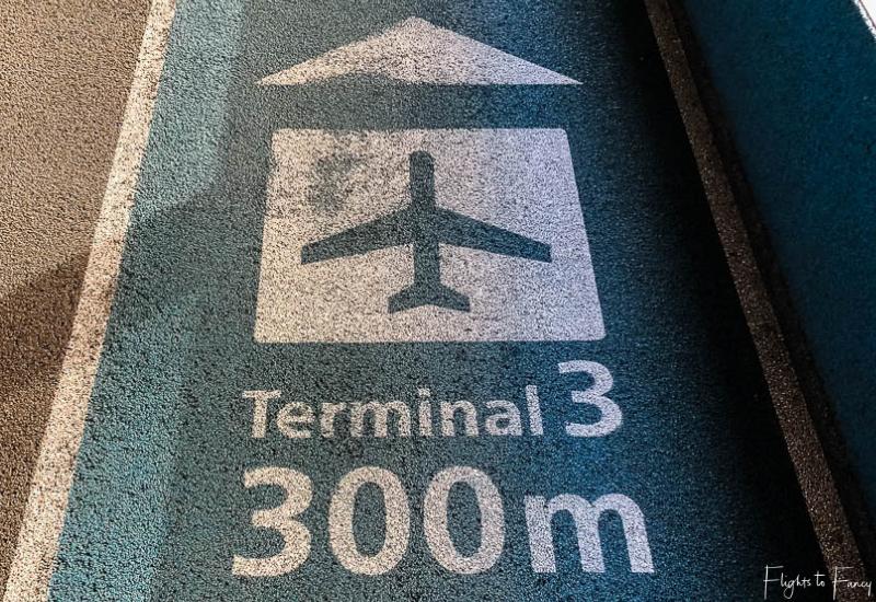 Narita Airport terminal 2 to terminal 3 walkway