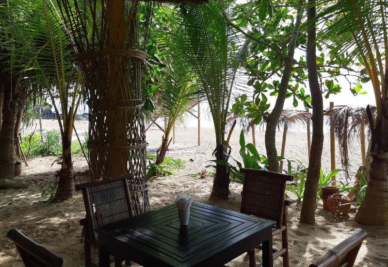 Restaurants in Koh Lanta - Same Same But Different